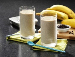 """""""i'm bananas for almond butter"""" smoothie"""